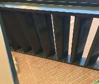 白市区鉄骨階段工事の様子