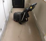 白石区マンションの定期清掃の様子