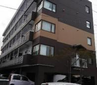 室蘭市のマンション外壁塗装工事の様子